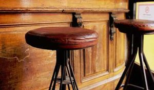 Top 13 AWESOME Best Bar Stools Reviews